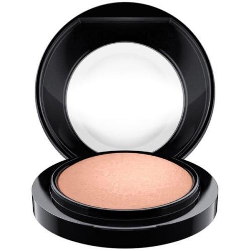 MAC Cosmetics Mineralize Blush Cosmic Force